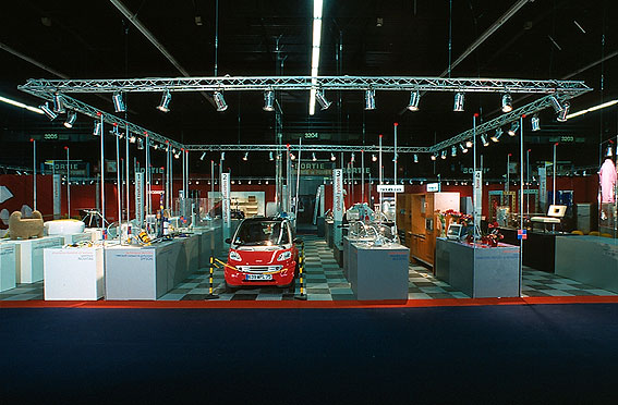 Patrick renaud design le phare 1999 salon du meuble de for Le salon du meuble paris